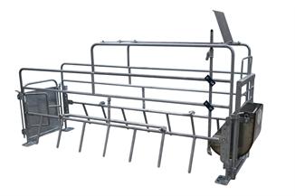 Picture of Hog Slat® Advantage Farrowing Crate
