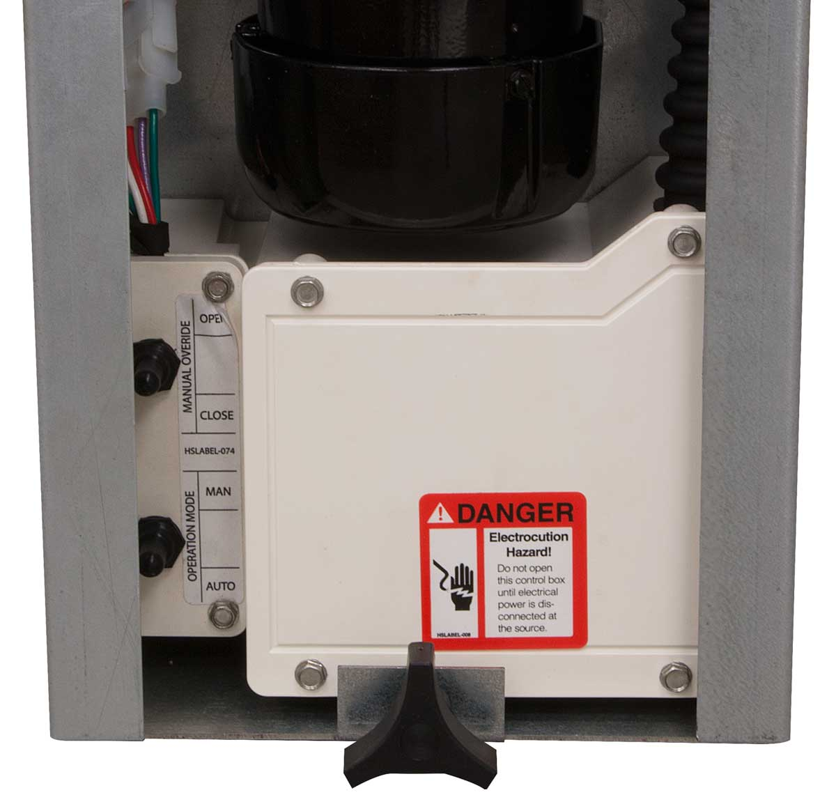 Localized controls are conveniently located next to the protective water-resistant electrical connection enclosure.
