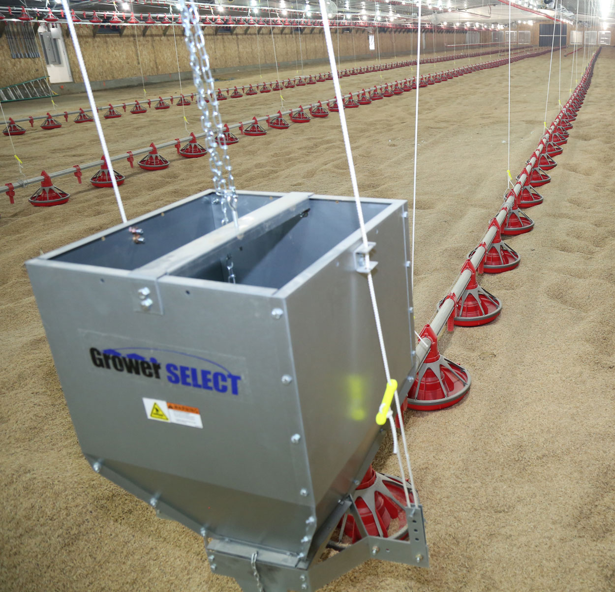 GrowerSELECT® poultry feed system components work together to keep your operation efficient and help maximize the conversion potential of every flock.