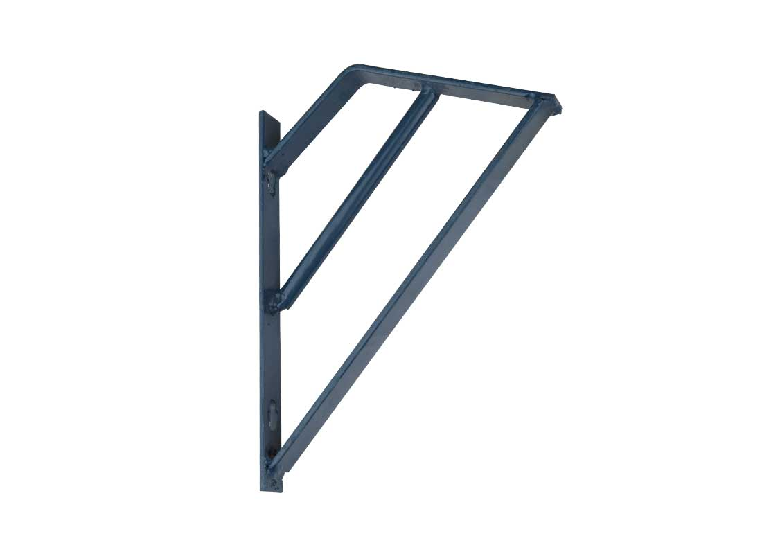 Optional blocker panels are available to bolt inside the feed trough to prevent small pigs from being able to pass through the feeder into another pen when mounting in-line with gating panels.
